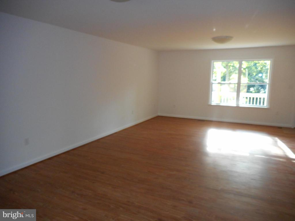Large great room concept - 121 SYLVAN LN, HARPERS FERRY