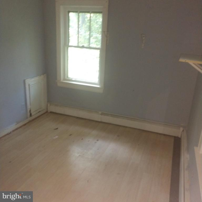 Bedroom - 6611 LEE CHAPEL RD, BURKE