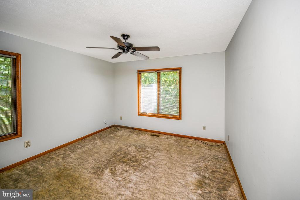 bedroom 2 - 222 YORKTOWN BLVD, LOCUST GROVE