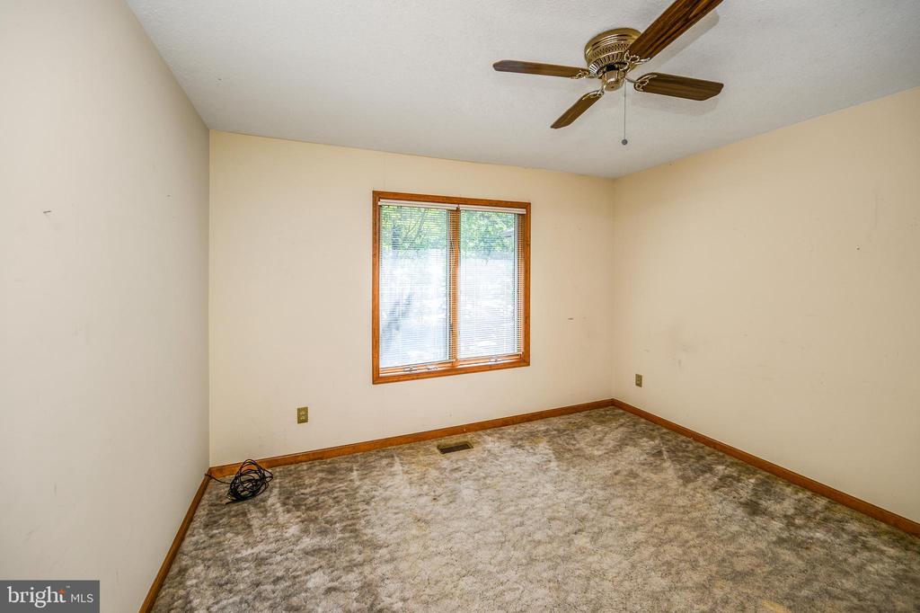 bedroom 3 - 222 YORKTOWN BLVD, LOCUST GROVE