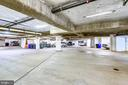 Assigned parking - 1326 N CLEVELAND ST, ARLINGTON