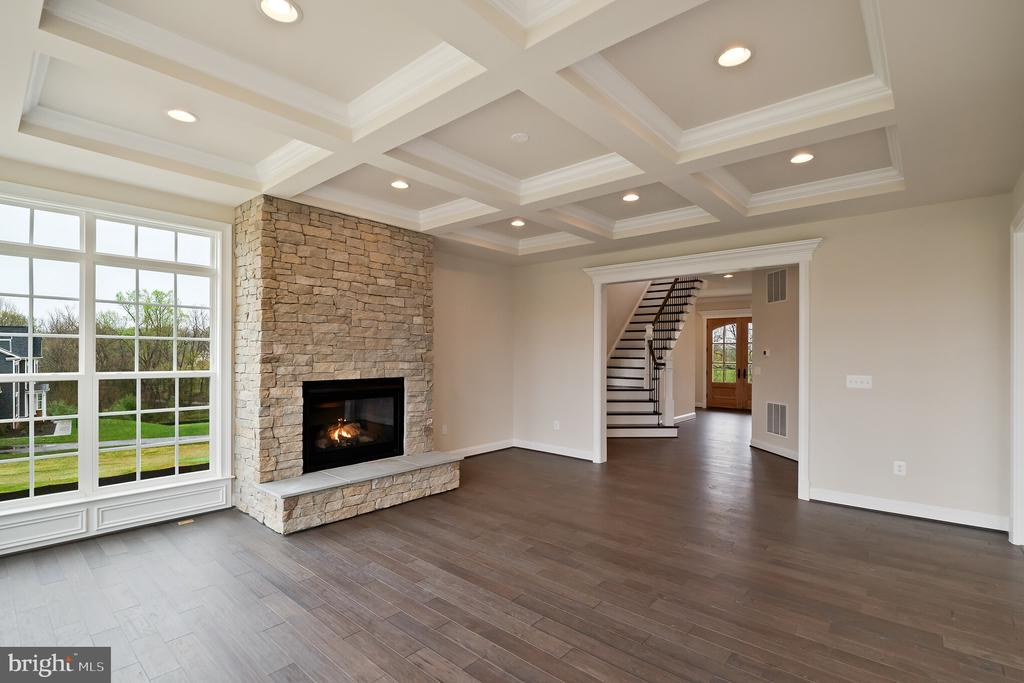 Optional features shown - PURCELLVILLE RD, PURCELLVILLE