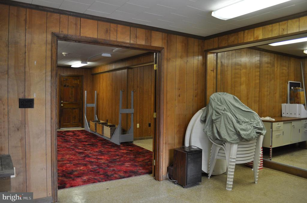 Office in first barn - 11690 FREDERICK RD, ELLICOTT CITY