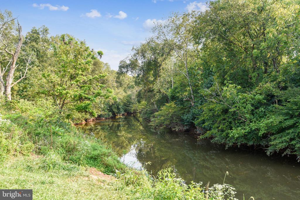 River along Heron Natural Trail - 45127 KINCORA DR, STERLING