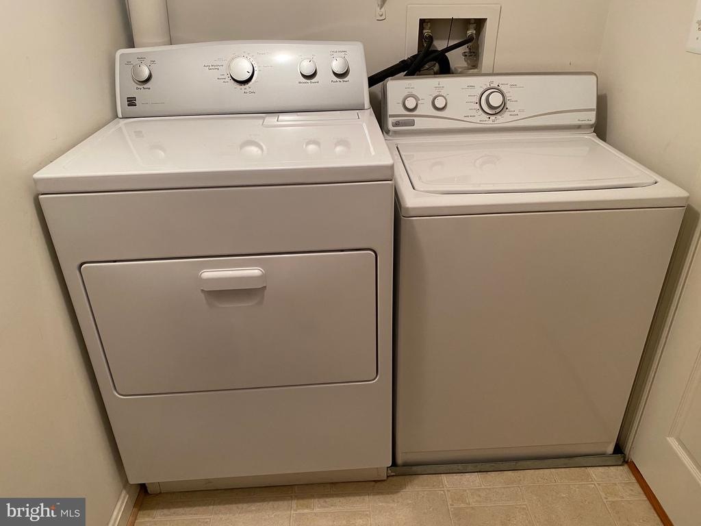 Laundry with newer Dryer - 112 WESTWICK CT #6, STERLING
