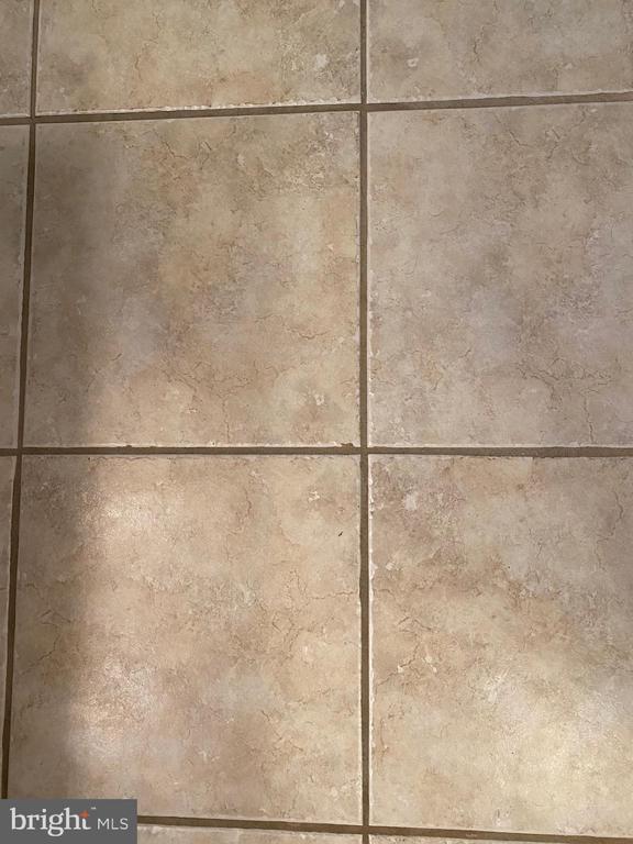 Both baths have tiled flooring - 112 WESTWICK CT #6, STERLING