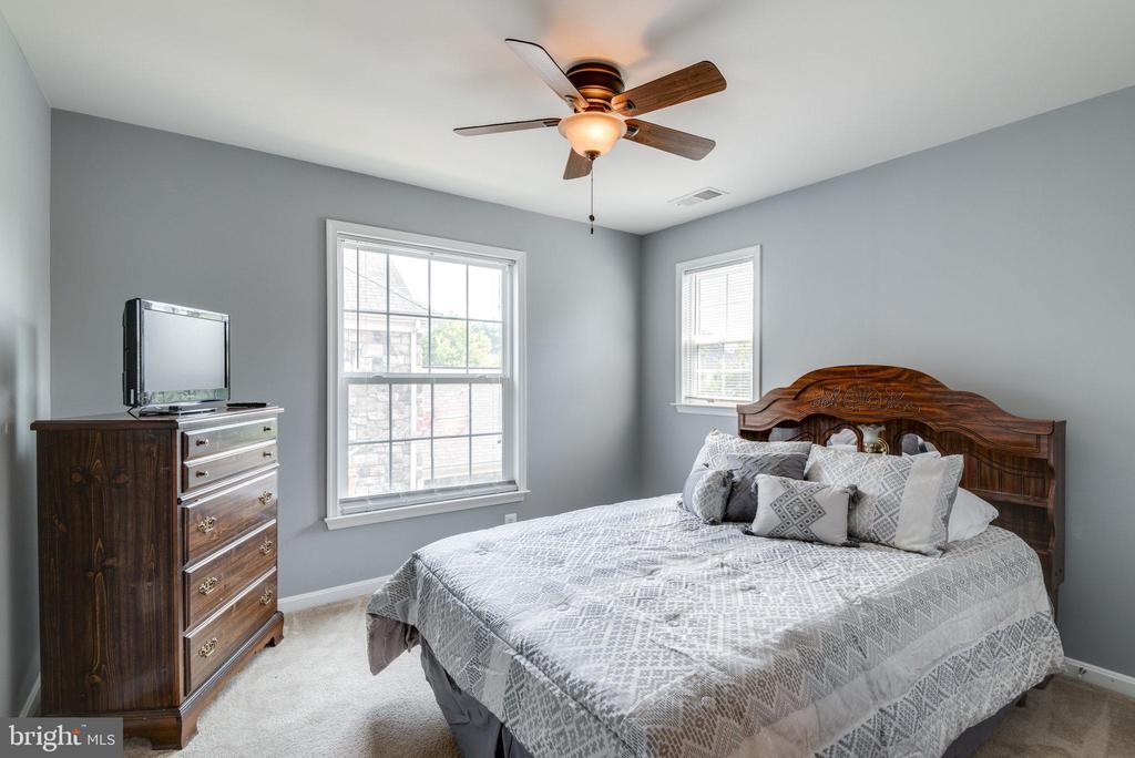 Fourth Bedroom - 42972 THORNBLADE CIR, BROADLANDS