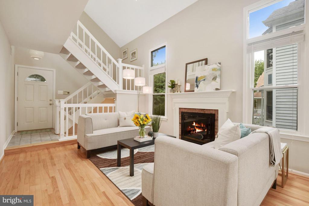 Living Room - Gas Fireplace & Extra Large Windows! - 8423 HOLLIS LN, VIENNA