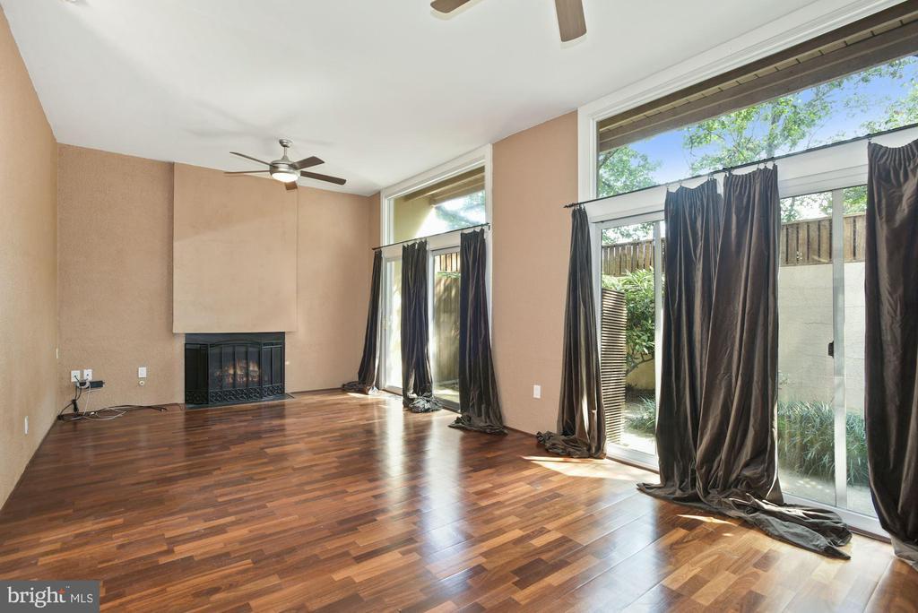 Sunken Living Room with Fireplace - 11684 MEDITERRANEAN CT, RESTON
