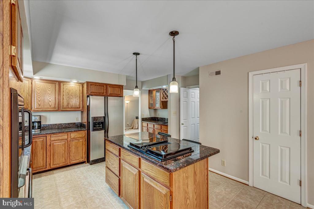 Large pantry. - 127 NORTHAMPTON BLVD, STAFFORD