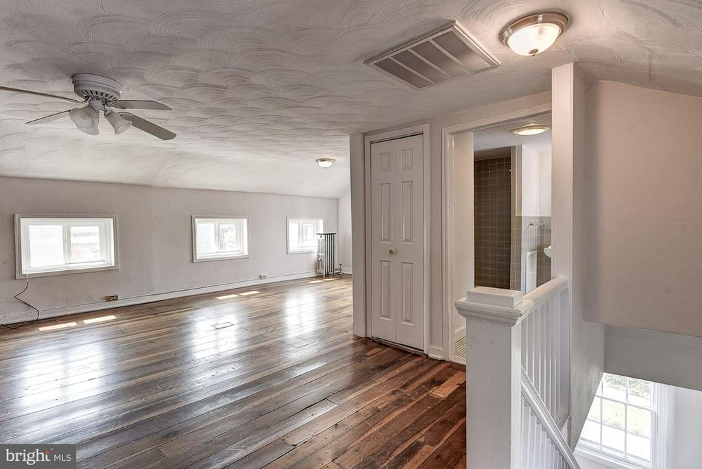 Primary Bedroom - 139 W 3RD ST, FREDERICK