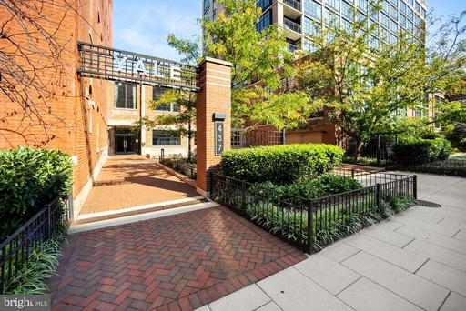 437 NEW YORK AVE NW #Y26