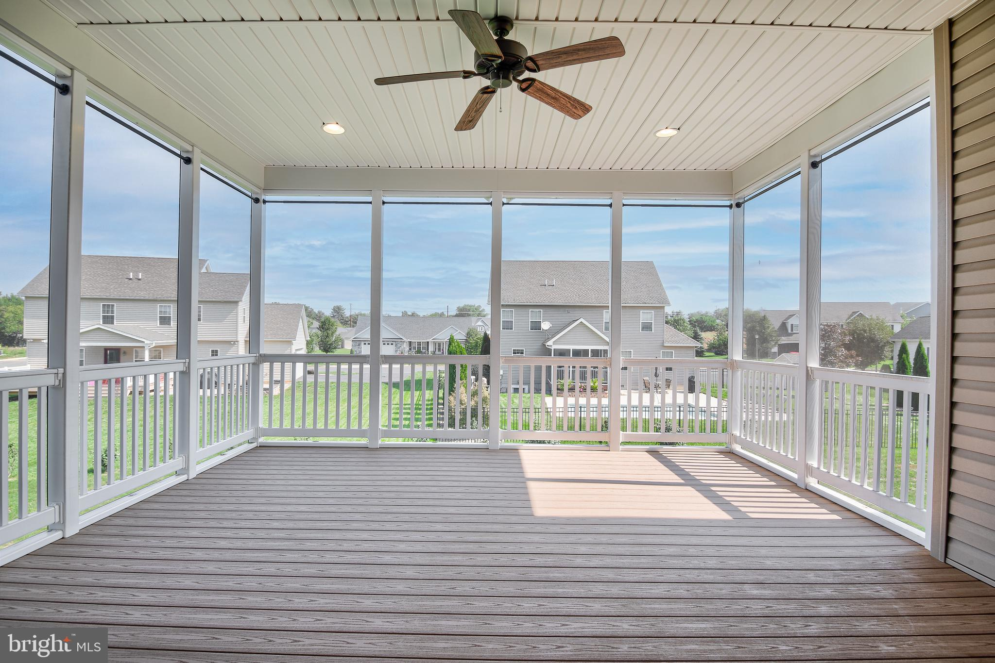 Covered Screened porch with recessed lighting
