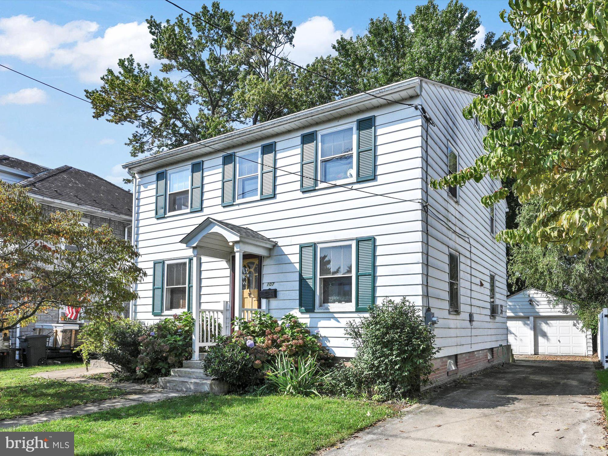 Home with Charm in A-C SD