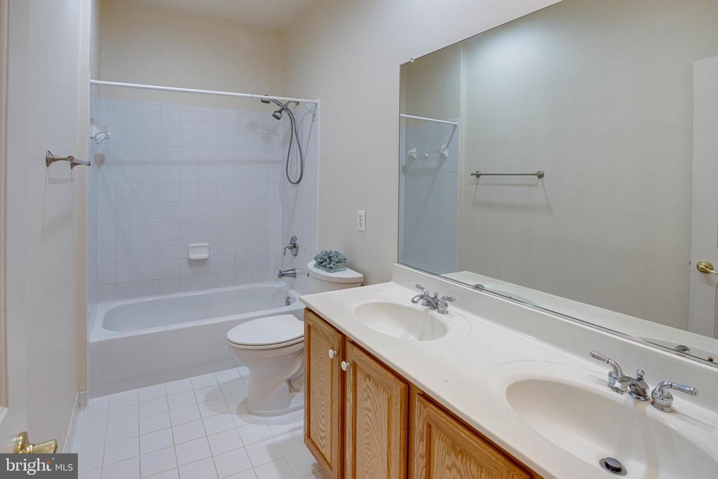 Bathroom 3 - 4525 MOSSER MILL CT, WOODBRIDGE