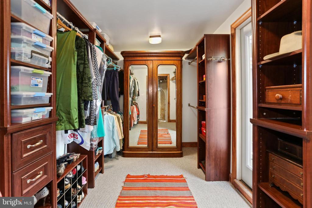 Primary Bedroom Closet - 408 JACKSON PL, ALEXANDRIA