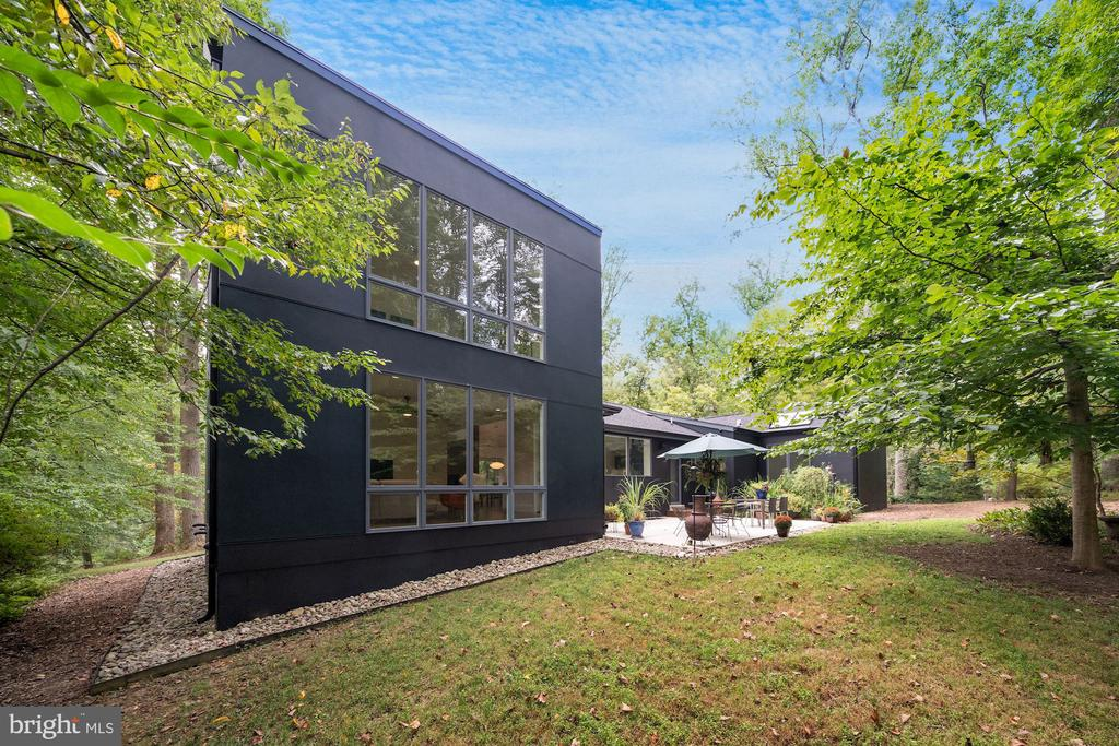 Private Backyard 3 - 6649 VAN WINKLE DR, FALLS CHURCH