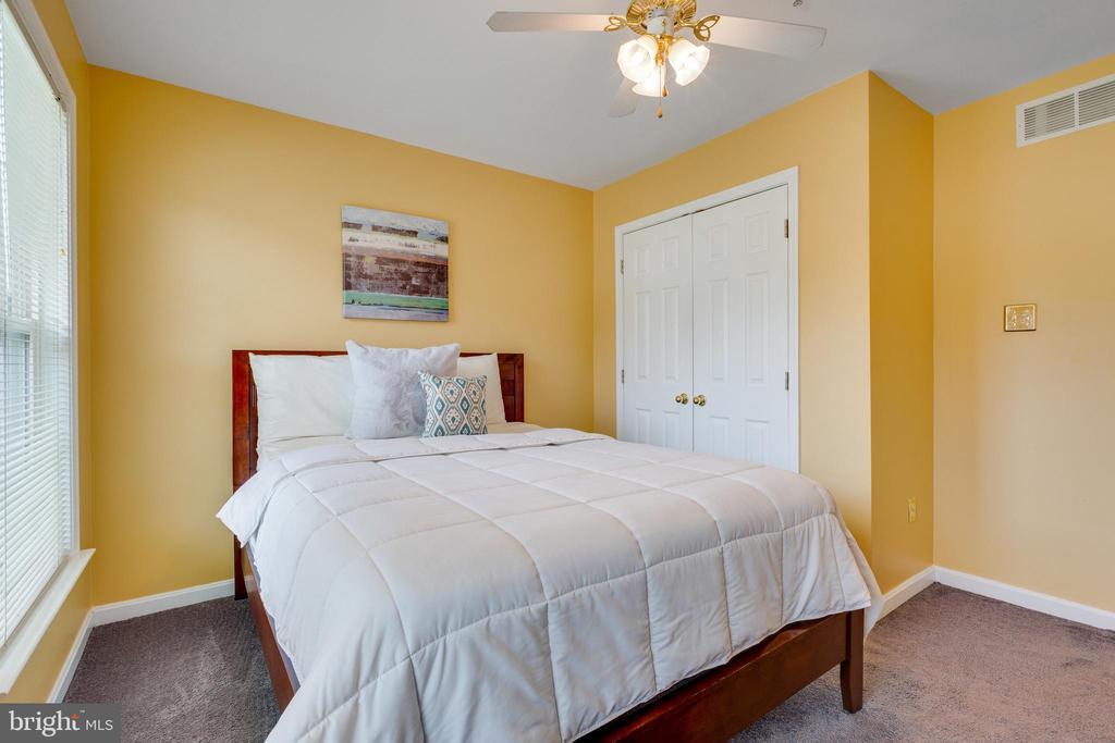 Bedroom #1 w/ Ceiling Fan & Closet Space - 7617 STRATFIELD LN, LAUREL