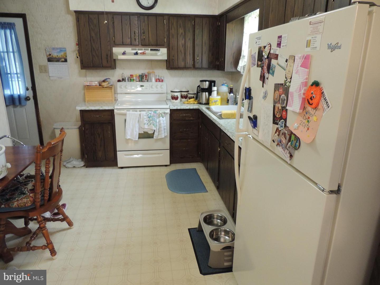 824 Pottsville Street , LYKENS, Pennsylvania image 10