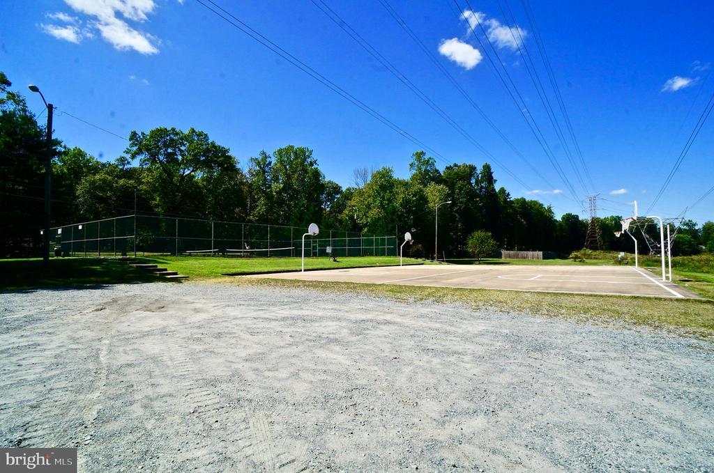 Basketball Courts on Jog/Walk Trail - 107 NINA CV, STAFFORD
