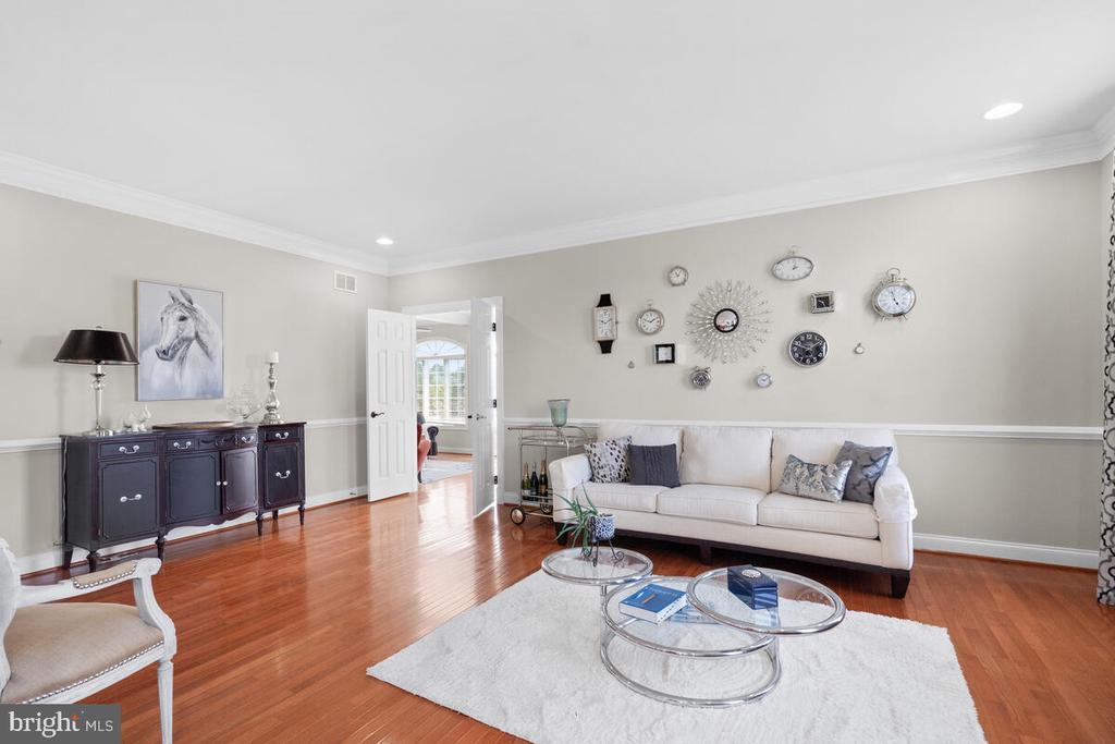 Formal living room - 17566 TOBERMORY PL, LEESBURG