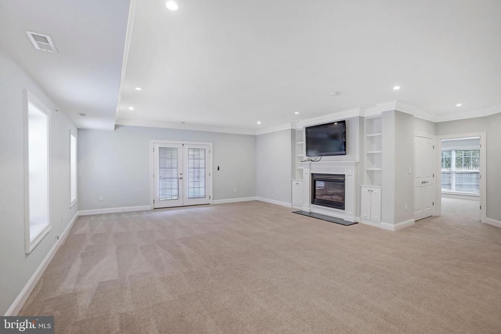 Second Fireplace Lower Level - 3122 NORTHWOOD RD, FAIRFAX