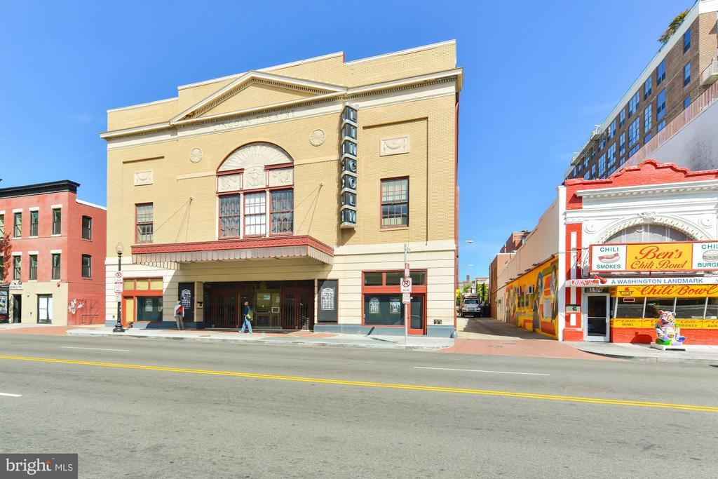 Lincoln Theatre & Ben's Chili Bowl - 402 U ST NW, WASHINGTON