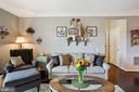 Living Room - Light, Bright, Spacious, & Airy! - 20505 LITTLE CREEK TER #302, ASHBURN