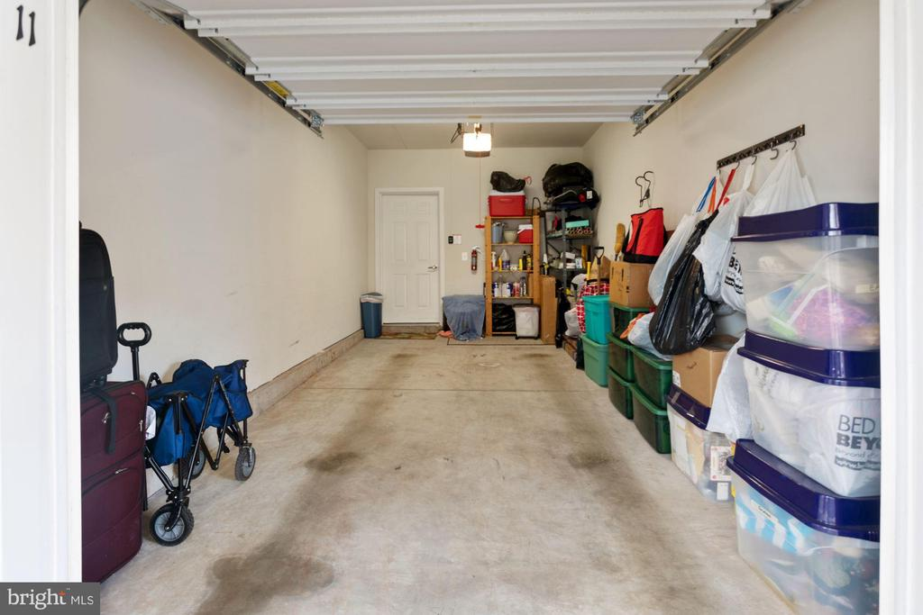 Home Sale Comes w/ 1 Individual Garage Parking Sp. - 20505 LITTLE CREEK TER #302, ASHBURN
