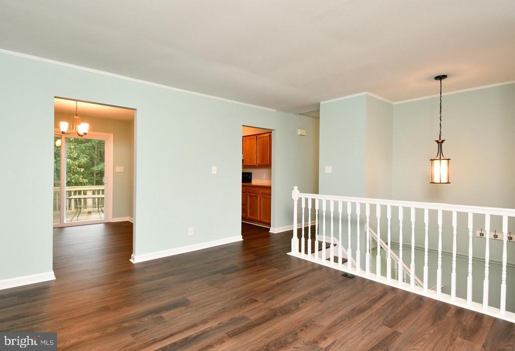 Family Room - 10635 PINEY BRANCH RD, SPOTSYLVANIA
