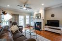 Spacious great room w/gas fireplace! - 238 LONG POINT DR, FREDERICKSBURG
