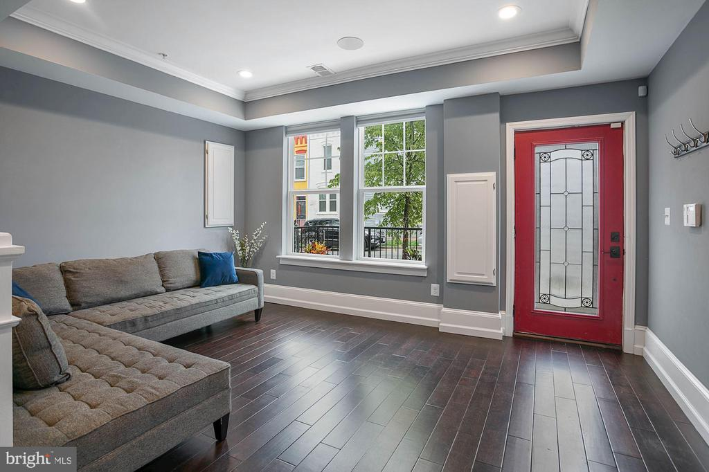 First Floor Living Area with Separate Entrance - 1609 LEVIS ST NE, WASHINGTON
