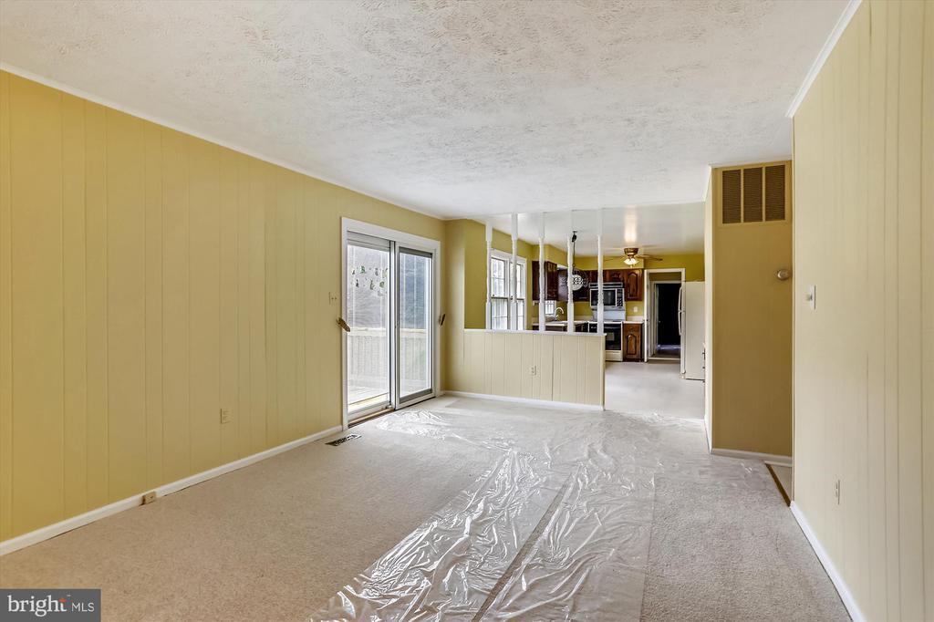 Family Room Into Kitchen - 6600 HOLLINGSWORTH TER, ROCKVILLE