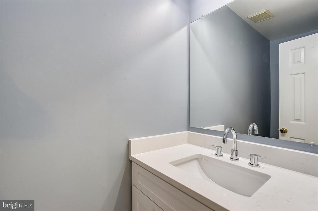 First Floor Half Bath - 6600 HOLLINGSWORTH TER, ROCKVILLE