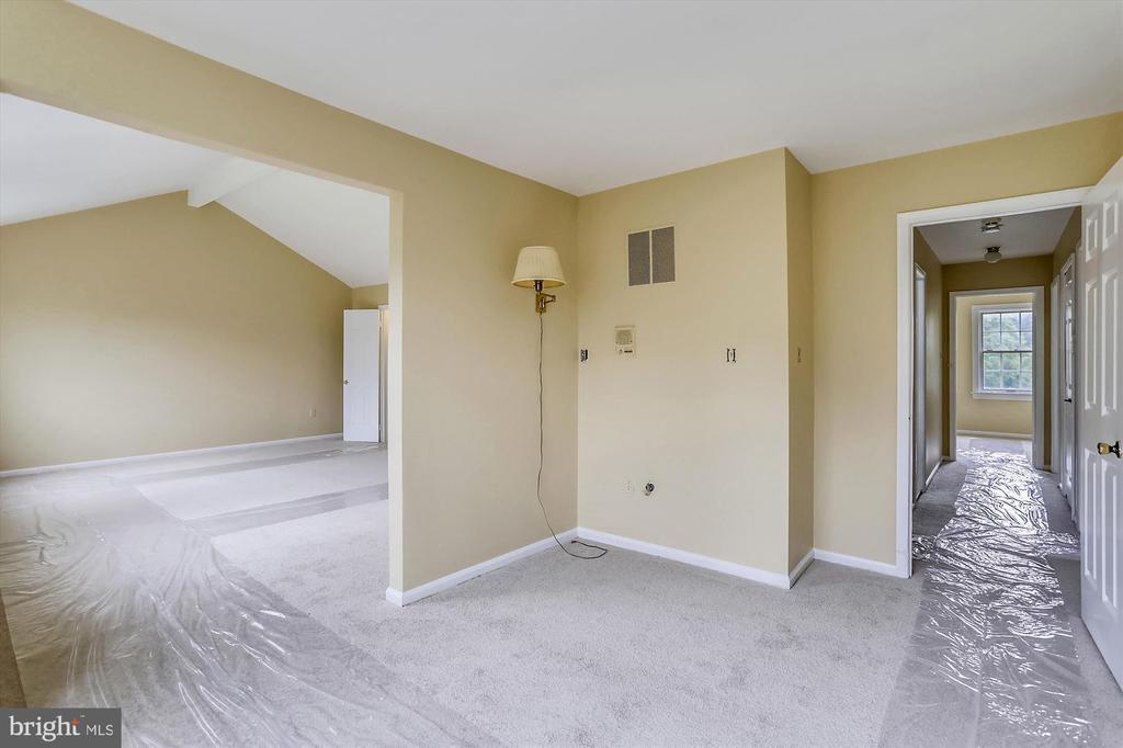 Master Bedroom Suite - 6600 HOLLINGSWORTH TER, ROCKVILLE