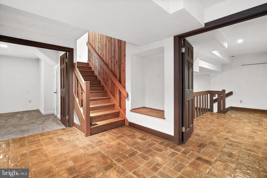 Lower Level Foyer - 7335 DANCE HALL RD, FREDERICK