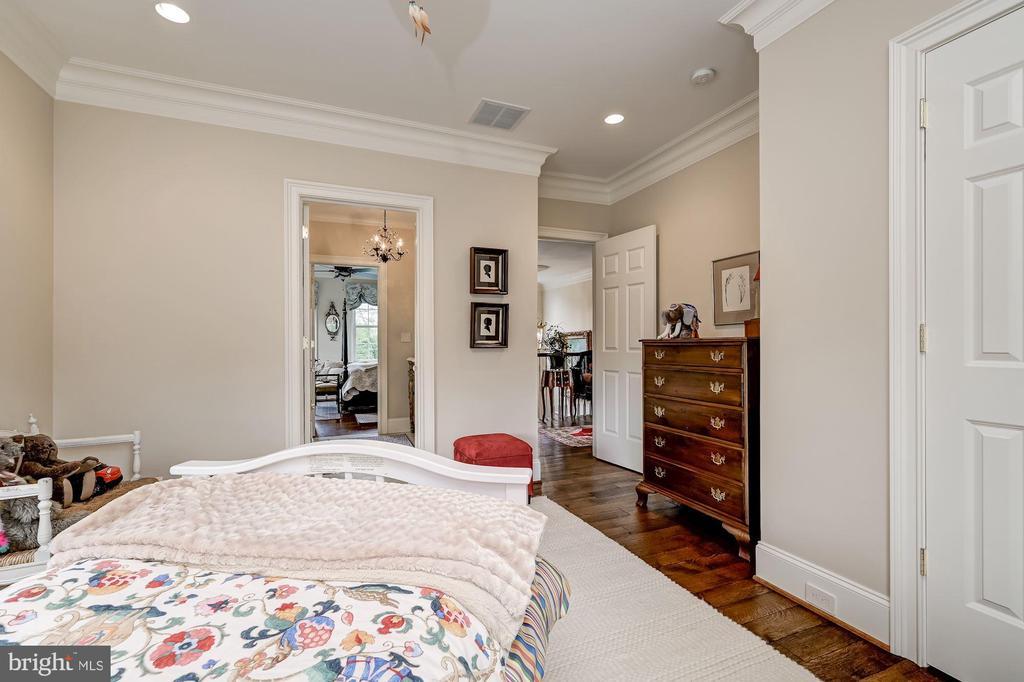 En-Suite Bedroom Four - 7549 FINGERBOARD RD, FREDERICK