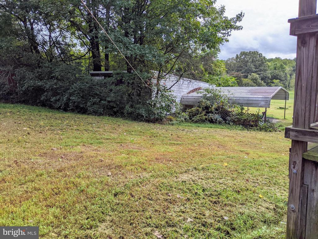 View of yard from back of house - 11291 PINE HILL RD, KING GEORGE