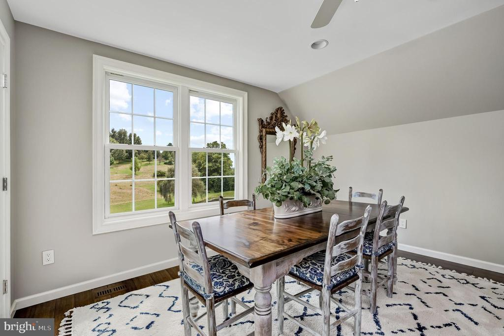 Guest House Dining - 7549 FINGERBOARD RD, FREDERICK