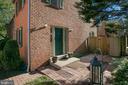 - 836 N FREDERICK ST, ARLINGTON