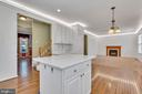 Open Concept Kitchen/Family Room - 104 SHERIDAN WAY SW, LEESBURG