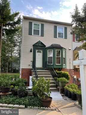 3839 LANSDALE CT #84