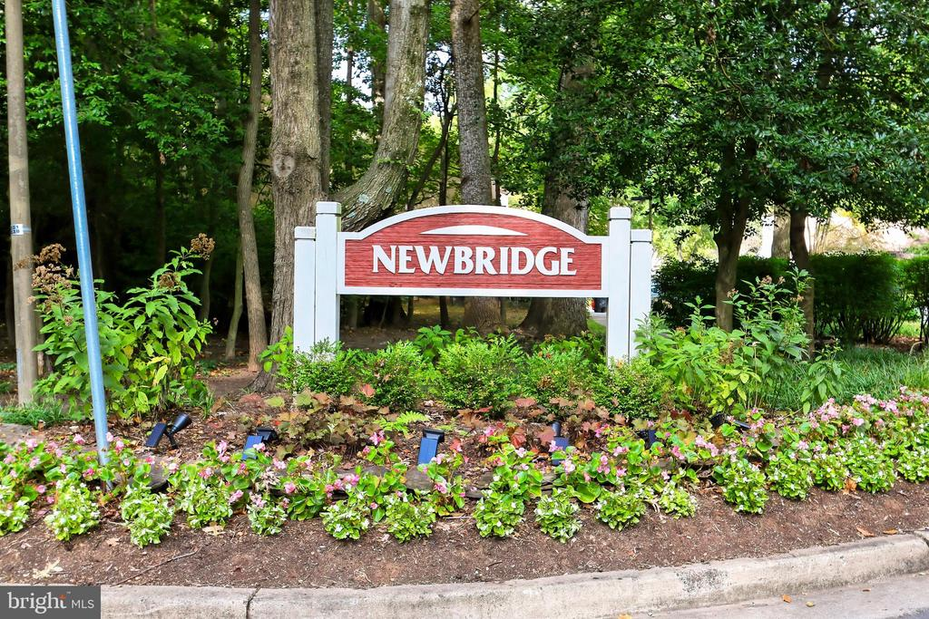 Welcome to the Newbridge Cluster! - 11704 NEWBRIDGE CT, RESTON
