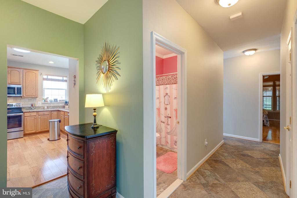 Hallway - 3647 SECRET GROVE CT, DUMFRIES
