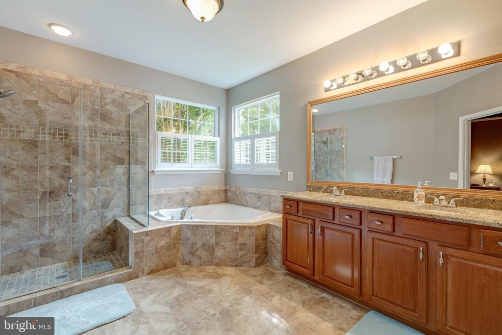 Primary Bathroom - 3647 SECRET GROVE CT, DUMFRIES