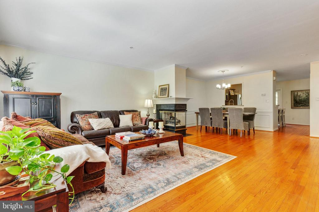 Living Room - 717 KENT OAKS WAY, GAITHERSBURG