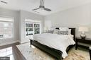 Stunning owner's suite with walk in closet - 4348 4TH N, ARLINGTON