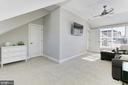 Volume ceilings and  natural light ! - 4348 4TH N, ARLINGTON