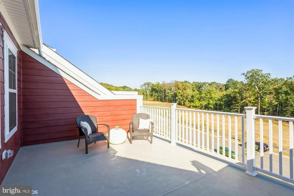 Private terrace overlooking trees and River - 1634 SANDPIPER BAY LOOP, DUMFRIES