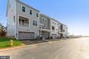 2 driveway parking spaces - 1638 SANDPIPER BAY LOOP, DUMFRIES